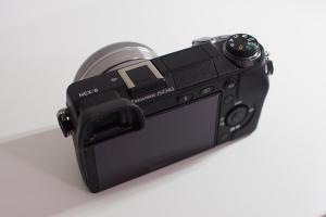 sony-16mm