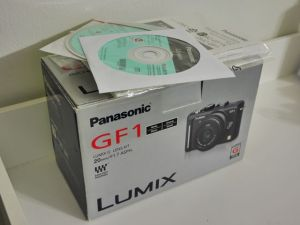 GF1 box with manuals and software